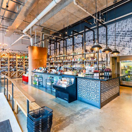 photo of the interior of Grand Cata Latin Wine store